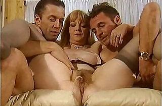 piss matures scene sophie verdi - 16:51