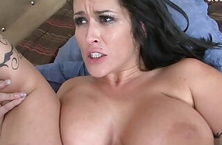 Bigboobs housewife squirting - 32:08