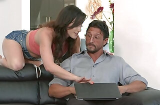 Jennifer White wants her step dads cock - 9:04