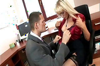Secretary in thigh highs fucking at the office - 9:13