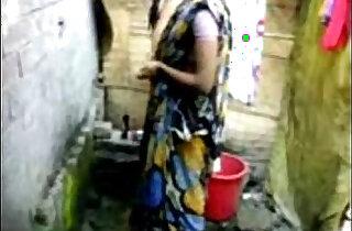 bangla desi village girl bathing in dhaka - 2:18