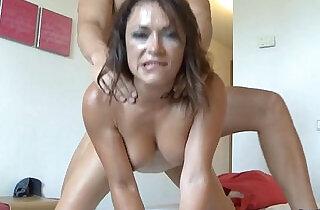 Sara May con la cara llena de leche Spanish Facial Cumshot - 1:31