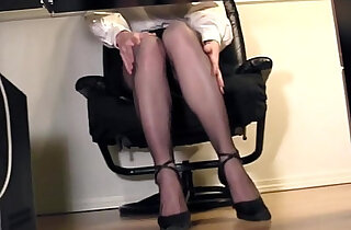 Leggy secretary fingering at the office in nylons - 7:06