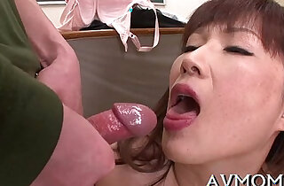 Slut mother i would like to fuck deepthroats weenie and balls - 5:29