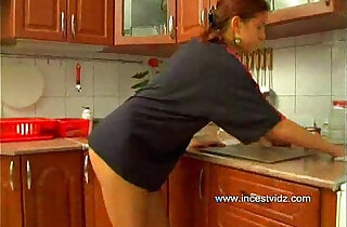 Daddy and his redhead in the kitchen - 19:35