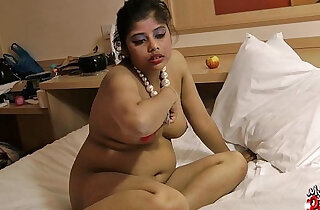 rupali indian amateur babe with her juicy bigtits - 2:05