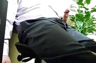 secretaris isep boss - 6:05