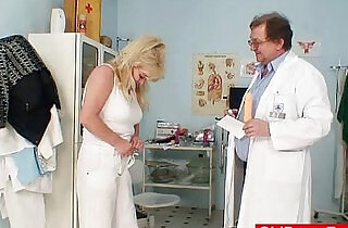 Blonde gran dirty puss test and enema - 6:17