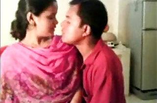 Amateur Indian Nisha Enjoying With Boss Free Live Sex goo.gl sQKIkh - 6:42