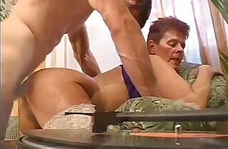 Granny getting drilled in her pussy - 6:14
