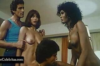 Lina Romay , Ajita Wilson and Kati Ballari Apocalipsis Sexual - 37:23