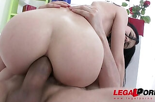 Hot slut Crystal Greenvelle gangbang with studs and cum swallows - 1:38
