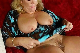 Office granny in pantyhose gives her old pussy a treat - 25:46