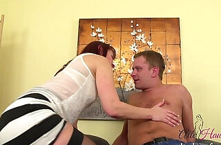 MILF fucked by younger Guy - 14:50