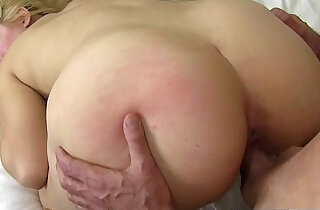 Blonde willow devine sucks the cum out of her stepbros cock - 13:21